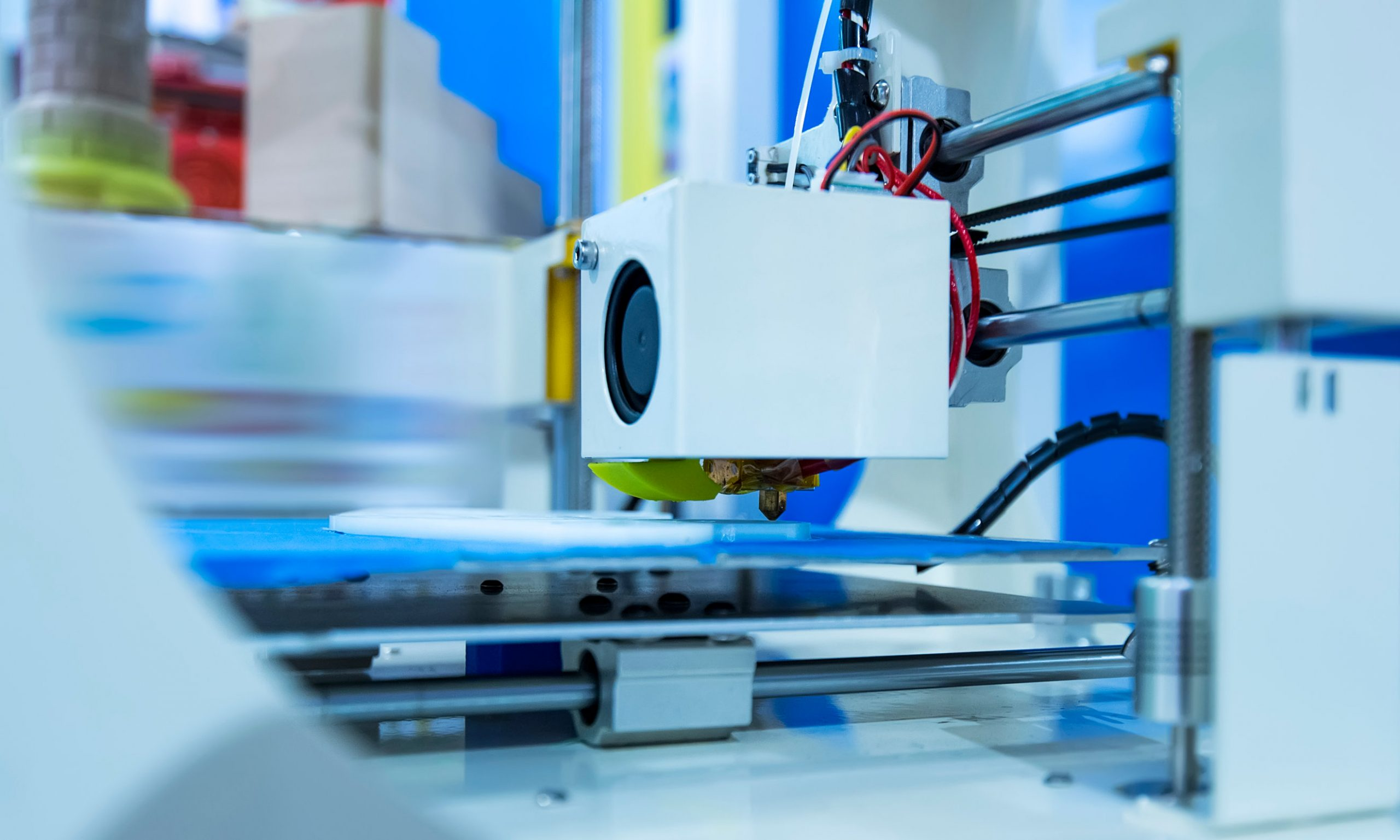 What is 3D printing & how does a 3D printer work?